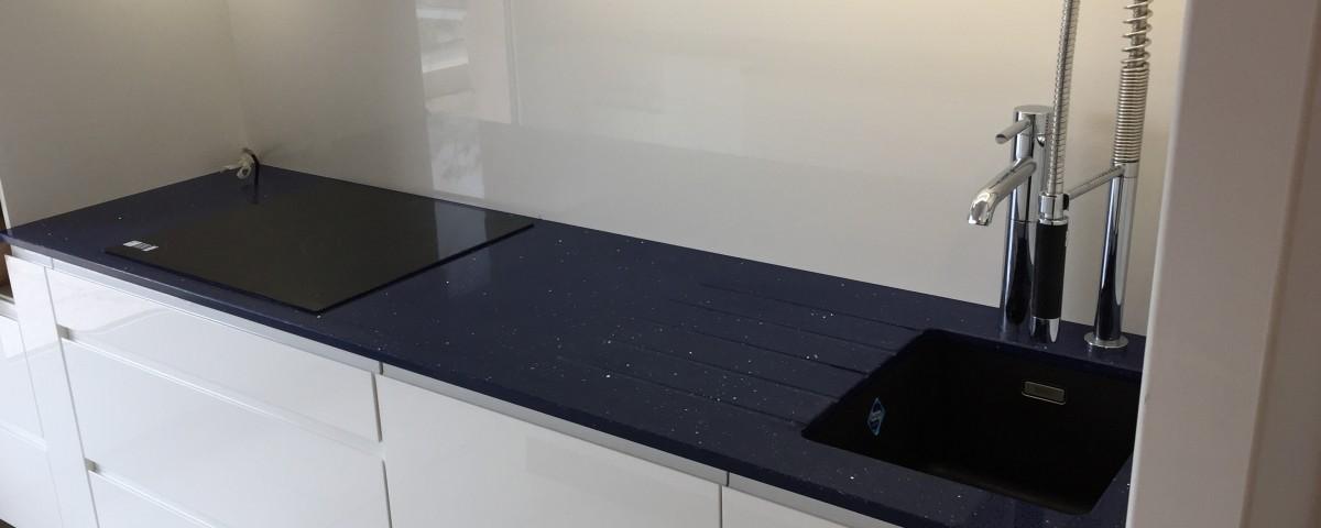 aquitaine granits lacanau de mios bordeaux bassin d'arcachon plan de travail cuisine granits silestone quartz blue stellar brillant